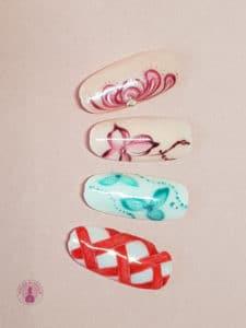 Nail art effet de fleurs réalisé à la formation de Tartofraises - Laurie Atelier de l'ongle